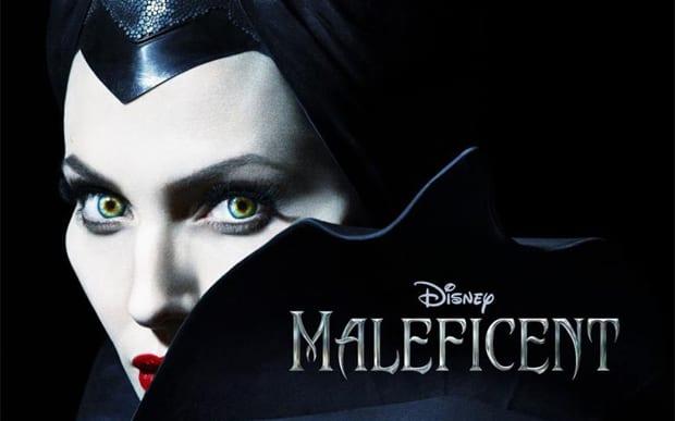 Angelina Jolie em poster do filme Malévola, que estreia em 2014