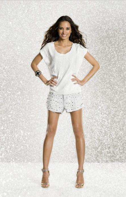 Look com short branco para Ano Novo